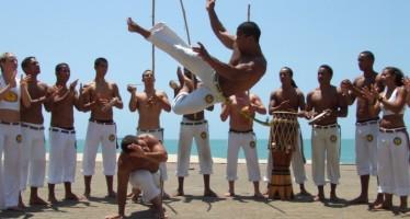 Bancada evangélica quer proibir a capoeira no Brasil! Será verdade?  (Foto: Reprodução/Facebook)