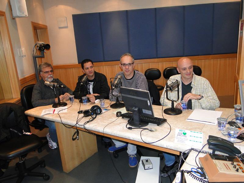 Gilmar Lopes e os colegas colunistas do Você é Curioso na Rádio Bandeirantes!