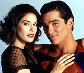 Dean Cain e Terri Hatcher interpretaram Lois Lane e Suoerman! (foto: Divulgação)