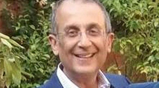 Dr. Desmond D'Mello foi afastado da profissão por 18 meses! (foto: Divulgação)