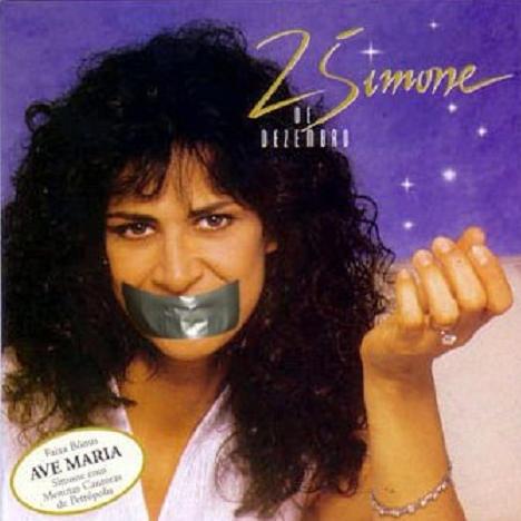 Música interpretada por Simone está proibida de tocar em shoppings! Será verdade? (foto: reprodução/Facebook)