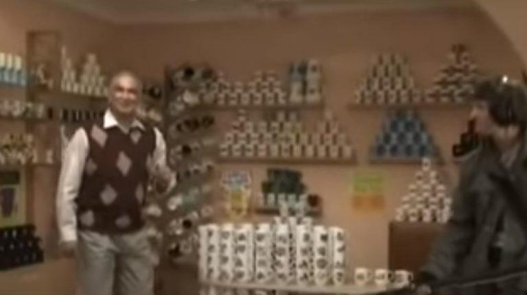 Gravação de documentário quebra todas as canecas um colecionador! Será verdade?