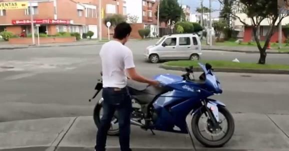 Acidente envolvendo uma moto! Verdadeiro ou falso? (foto: reprodução/YouTube)