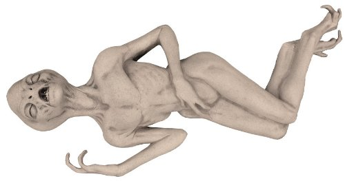 Boneco alienígena à venda na Amazon! (foto: Reprodução/Amazon)