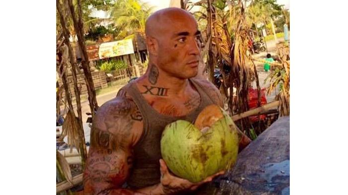 Lutador Amokrane Sabet vivia há 2 anos em Bali! (foto: Divulgação)