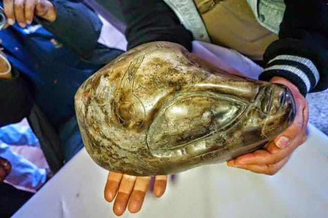 Artefatos da antiga civilização asteca estariam comprovando a existência de ETs visitando o nosso planeta! Será verdade? (foto: Reprodução/Facebook)