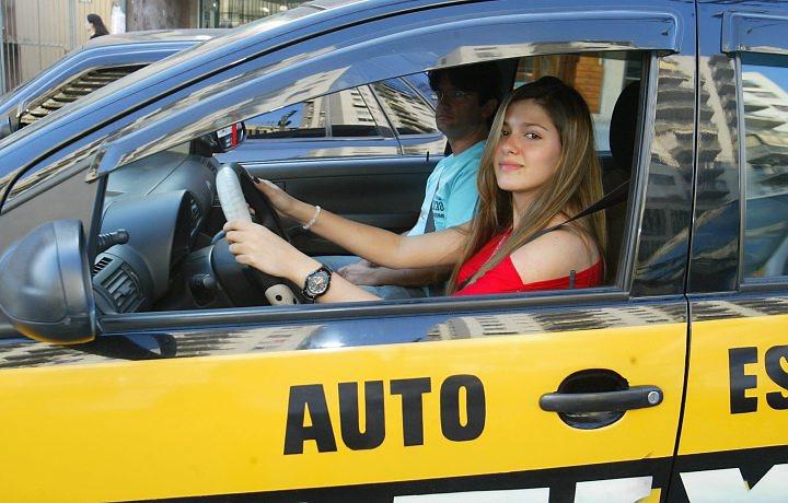 A partir de março jovens de 16 anos vão poder tirar carta de motorista?
