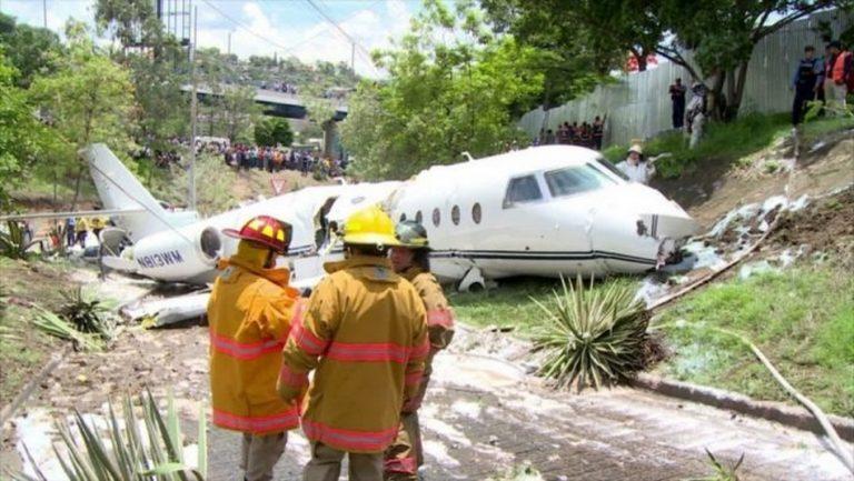 Será verdade que um avião caiu e todos os missionários a bordo sobreviveram?