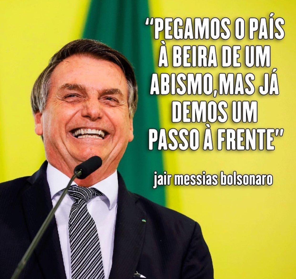 Jair Bolsonaro disse que o país estava à beira de um abismo, mas ...