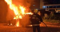 Comerciante de Sergipe teria colocado fogo no próprio carro após pensar que tinha ganhado na Mega Sena! Será verdade? (foto: Reprodução)