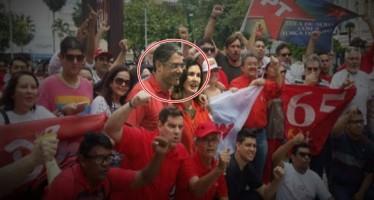 Willian Bonner e Fátima Bernardes em meio à manifestantes a favor de Dilma Rousseff! Será verdade? (foto: Reprodução/Facebook)