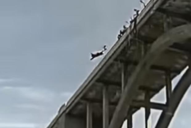 Homem sobreviveu ao saltar de Bungee Jump sem cordas?