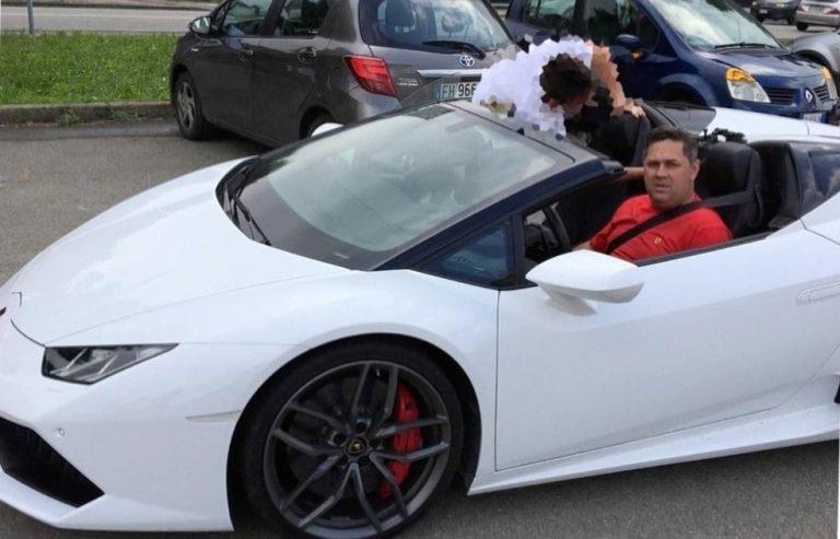 Um assessor do PT comprou um carro de luxo antes do resultado da Mega Sena?