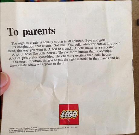 Carta enviada aos pais pela Lego sugere a igualdade de gênero entre as crianças! Será verdade? (foto: Reprodução/Reddit)