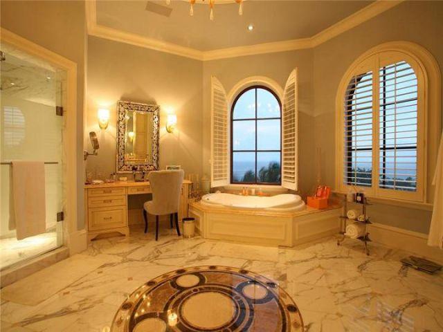 Casa de edir macedo na villa castillo caribe verdade ou for Nice houses interior bathrooms