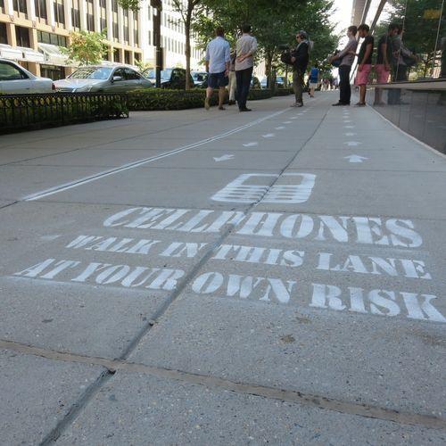 Calçada foi pintada em Washington apenas para uma experiência de um programa da TV! (foto: Divulgação)