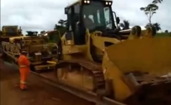 Chineses trouxeram maquinário revolucionário para fazer estrada de ferro até o Maranhão?