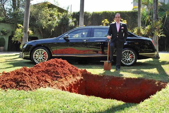 Chiquinho Scarpa iria enterrar seu carro avaliado em 1,5 milhão?