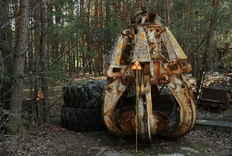 A Garra de Chernobyl: Um simples toque pode realmente matar uma pessoa?