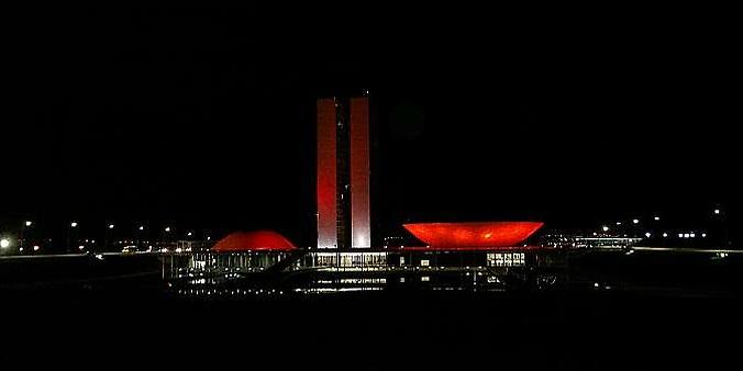Resultado de imagem para Acendeu a luz vermelha no Palácio do Planalto