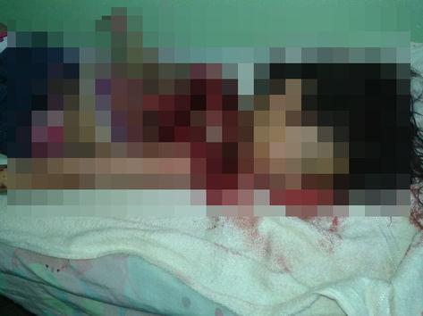 Criança de 2 anos teria morrido eletrocutada após colocar um fio de carregador na boca! Verdade ou farsa? (foto: Reprodução/Facebook)