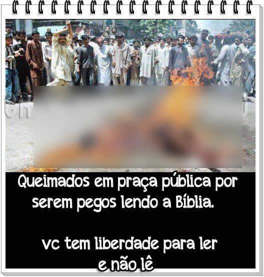 Cristãos teriam sido queimados vivos por estarem lendo a bíblia! Verdadeiro ou falso? (foto: Reprodução/Facebook)