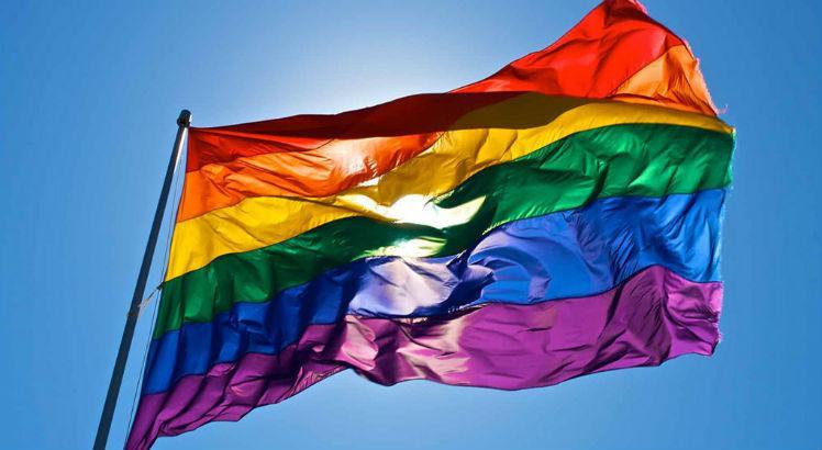 Um juiz aprovou tratamento para a cura gay?