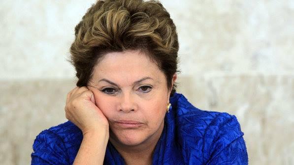 Boatos envolvendo o nome de Dilma Rousseff se espalham pela rede! (foto: Reprodução/Facebook)