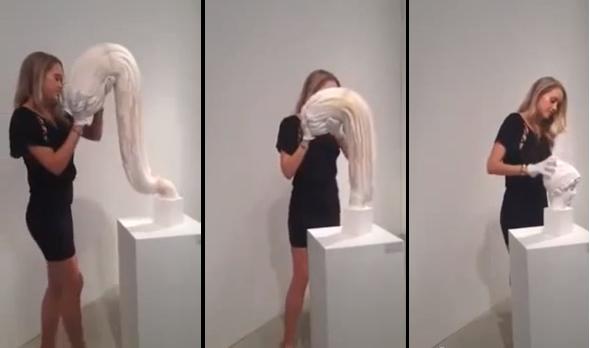 Moça segura uma massa disforme nas mãos e a transforma em uma escultura de uma cabeça humana! Será verdade? (fotos: Reprodução/ YouTube)
