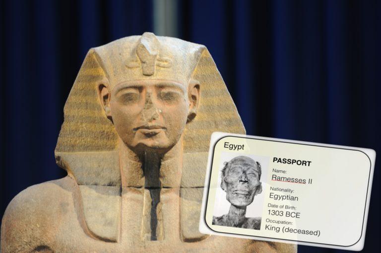 O faraó Ramsés II teve que fazer um passaporte para poder entrar na França?