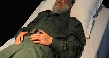 Foto do corpo de Fidel Castro é usada para ilustrar as morte do ex-presidente cubano! Será verdade? (foto: Reprodução/Facebook)