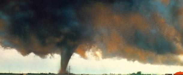 Notícia afirma que um furacão pode atingir o Brasil nesse final de semana. Verdade ou farsa? (foto: Reprodução/Facebook)