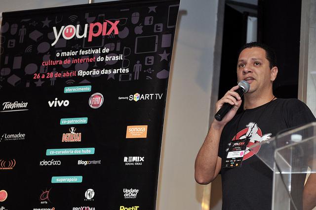 Gilmar Lopes no Youpix falando sobre Vampiros, Zumbis e Unicórnios