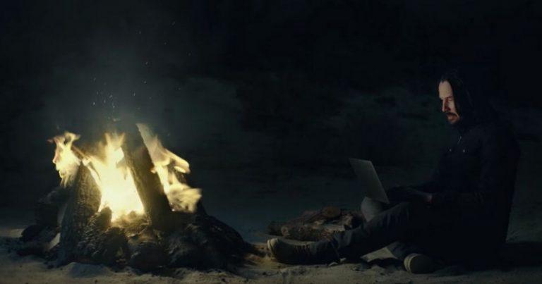 Keanu Reeves acha que a humanidade está prestes a se libertar da matrix?