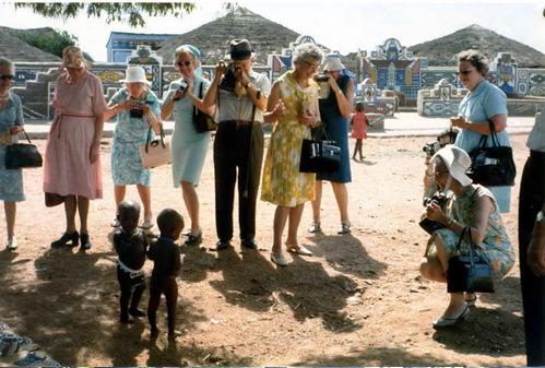 Foto tirada em 1973 por Ed van der Elsken durante um protesto na África do Sul!