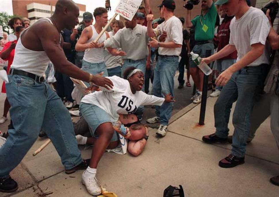 Keshia Thomas salvou a vida de um suposto membro da seita racista Ku Klux Klan, em 1996! (foto: Reprodução)