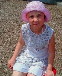 A pequena Aleksandra, agora com 7 anos de idade!