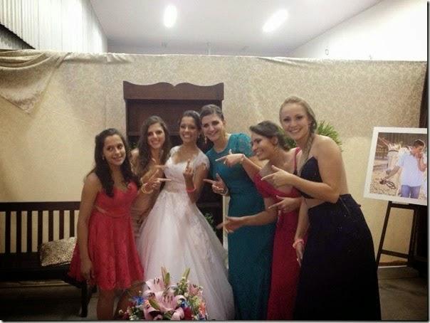Iara Cunha no dia de seu casamento! (foto: Reprodução/Facebook)