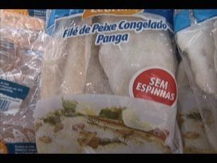 Peixe Panga - produto importado à venda no supermercado!