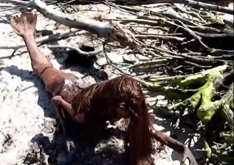 Sereia encontrada na Flórida! Verdadeiro ou falso? (foto: Reprodução/YouTube)
