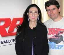 Os apresentadores Marcelo Duarte e Silvania Alves