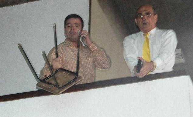 Subsecretario recebe os manifestantes com tiros! (foto: Divulgação/MST)