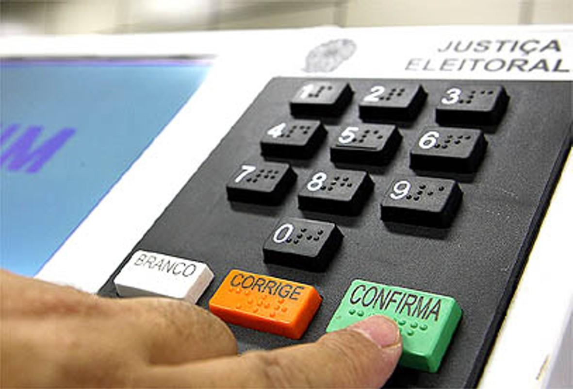 As urnas eletrônicas são mesmo 100% seguras? (foto: Divulgação/TSE)