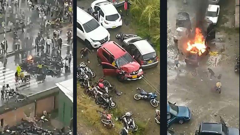 Povo incendeia carros após promulgação da nova Constituição da Venezuela! Será verdade?