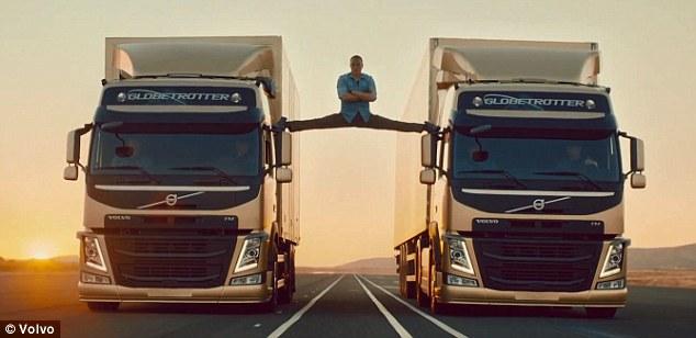 Van Damme abre espacate entre dois caminhões. Será verdade? (Foto: Divulgação/Volvo/YouTube)