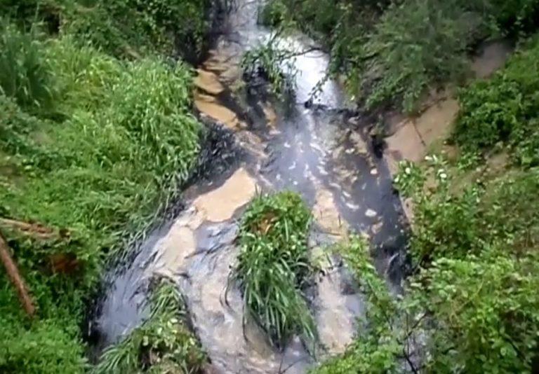 Vídeo mostra um derramamento de petróleo em Cantaura, na Venezuela?